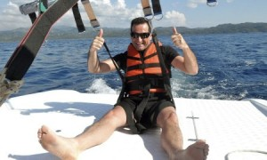 Para sailing in the Philipines